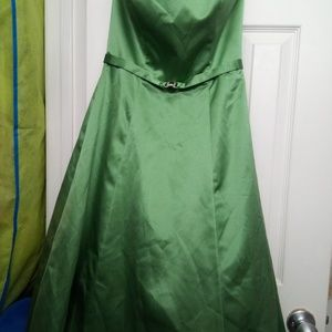Size 2 strapless green dress from David's bridal